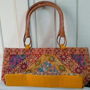Vintage 1960's embroidered hand bag.